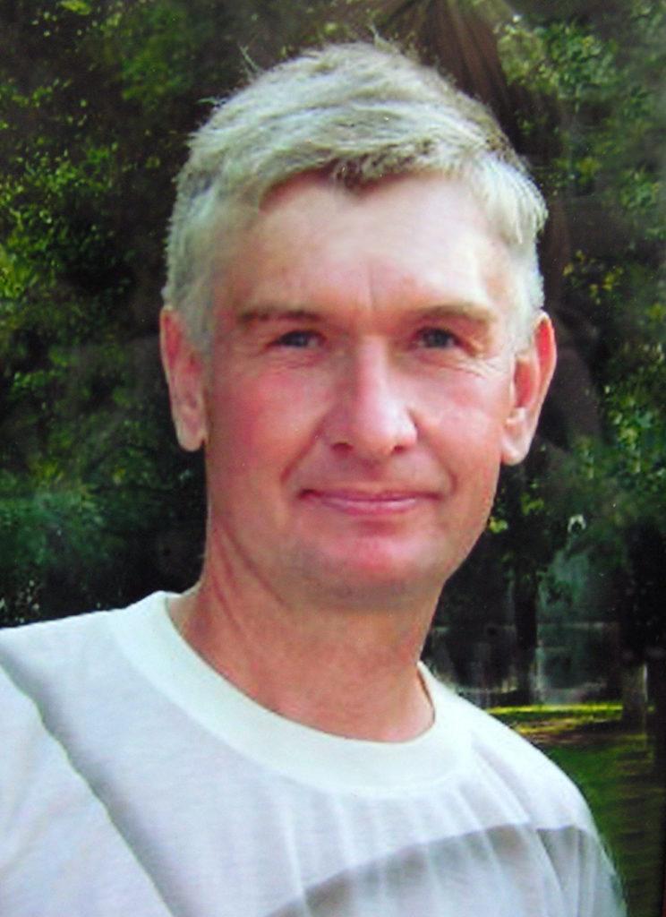 Михаил Лущиков